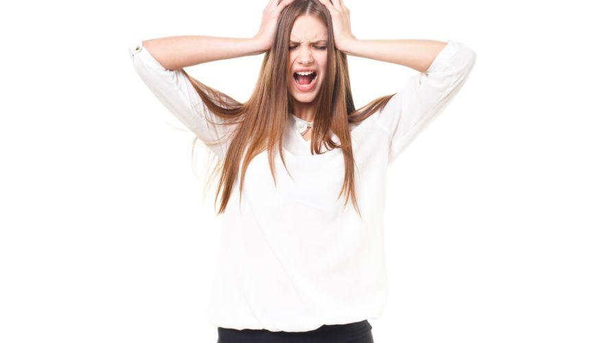 腰が痛いときに疑う病気|腰椎すべり症の症状と引き起こす原因