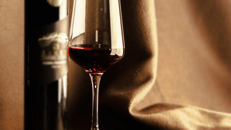 【2020】今年もボジョレーヌーボーの季節がやってきた!ワインが似合う女優ランキング