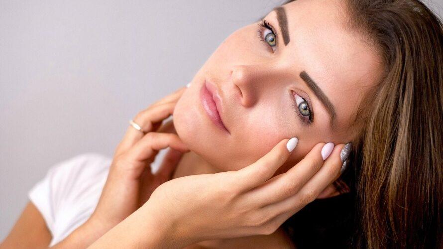 春一番は乾燥肌が誤魔化せない!カサカサに乾燥しやすい50代の顔の部位を徹底調査!